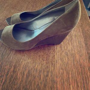 Franco Sarto camel colored wedge heel size 8
